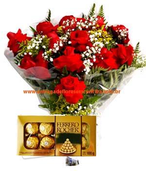 Cód: 5116                              Buquê com 12 Rosas Colombianas dobradas + Ferrero