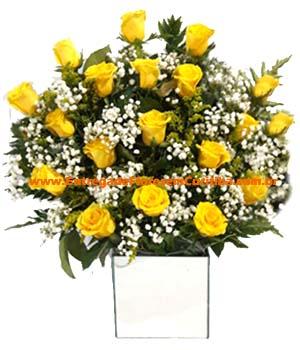 Cód: 5685                                      Arranjo rosas amarelas