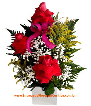 Cód: 5281                                                  Ikebana de Rosas Importadas