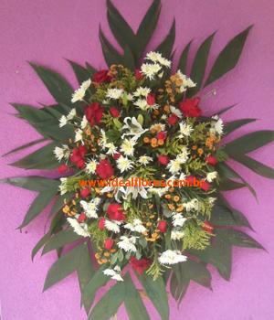 Cód: 5707                           Coroa de Flores Condolências 01