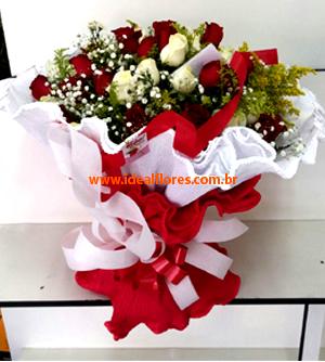 Cód: 5170    Super Buquê 50 Rosas