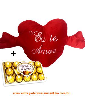 cod (5598)                                Almofada Coração com Braços + Chocolate